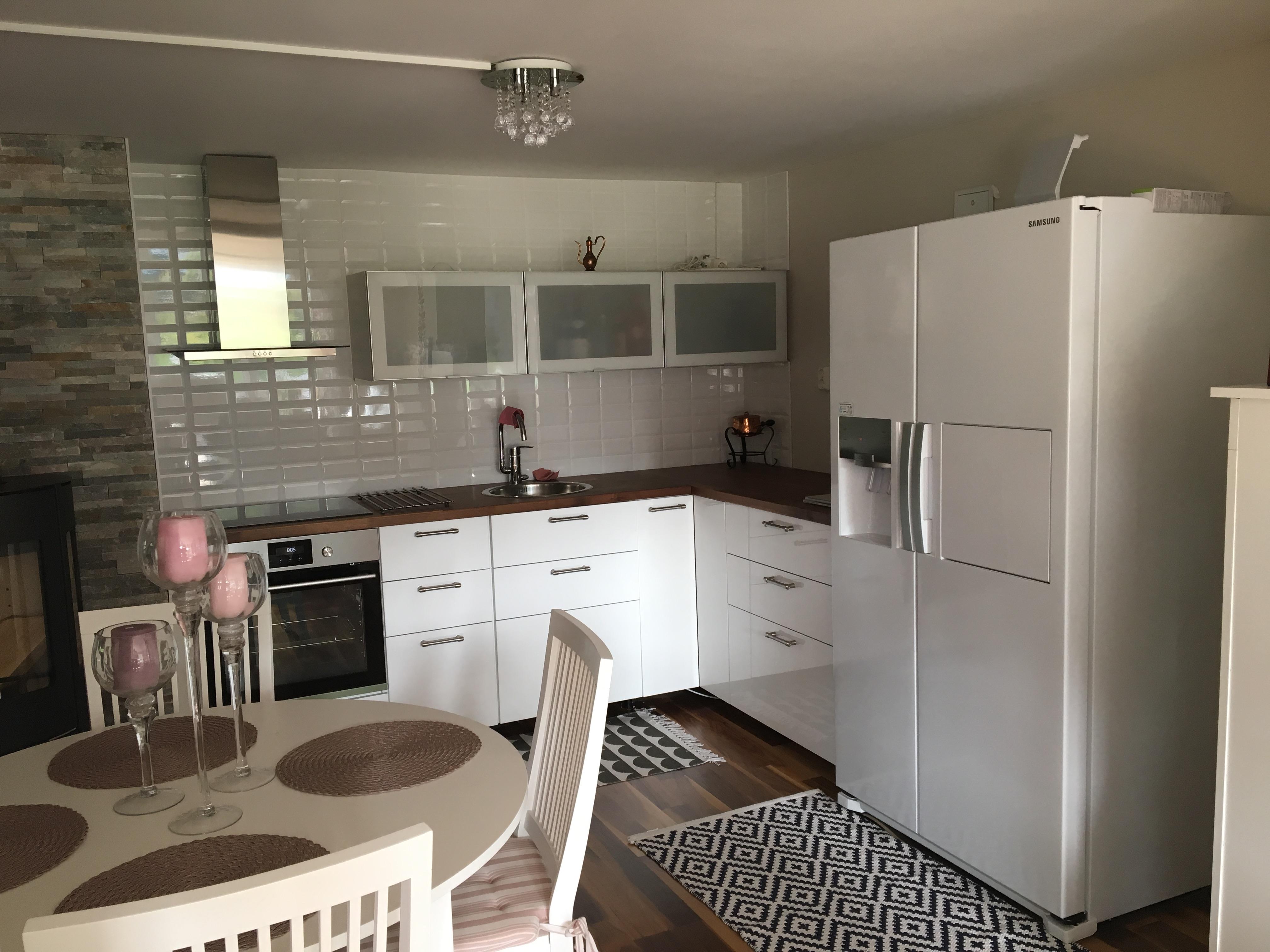 Nybyggd 2-3 rumslägenhet i villa i Sollentuna