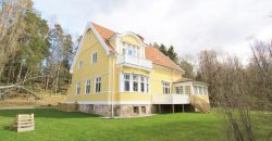 Representativ, familjevänlig & charmig sekelskiftesvilla