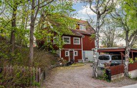 Storslagen 20-tals villa i modern stil