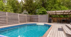 Fantastisk pool villa i Sollentuna